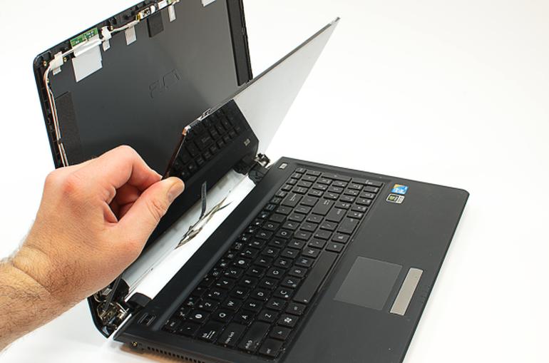 laptop LCD screen repair